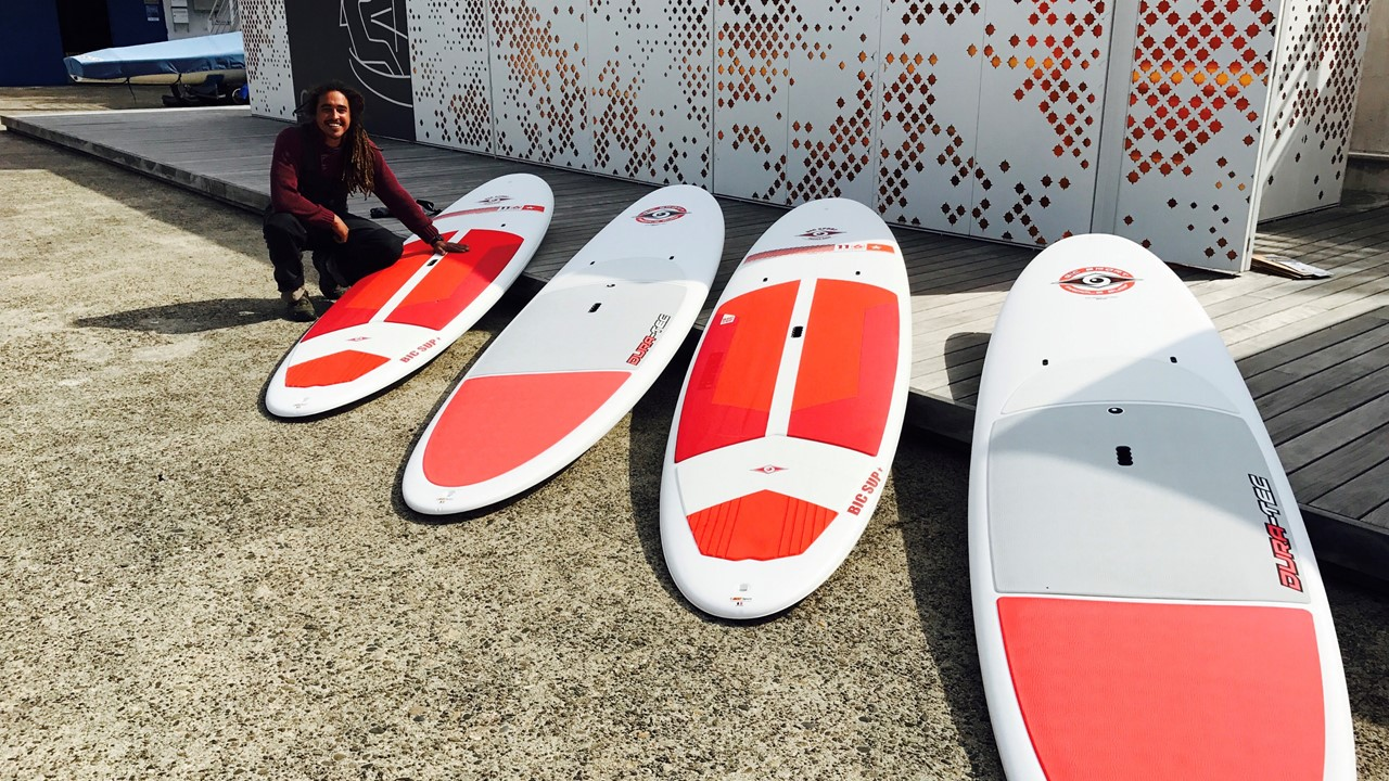 Planches paddle rouges